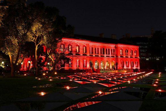 卡地亚全新Cartier Magicien高级珠宝展在上海外滩源壹号美丽的夜景