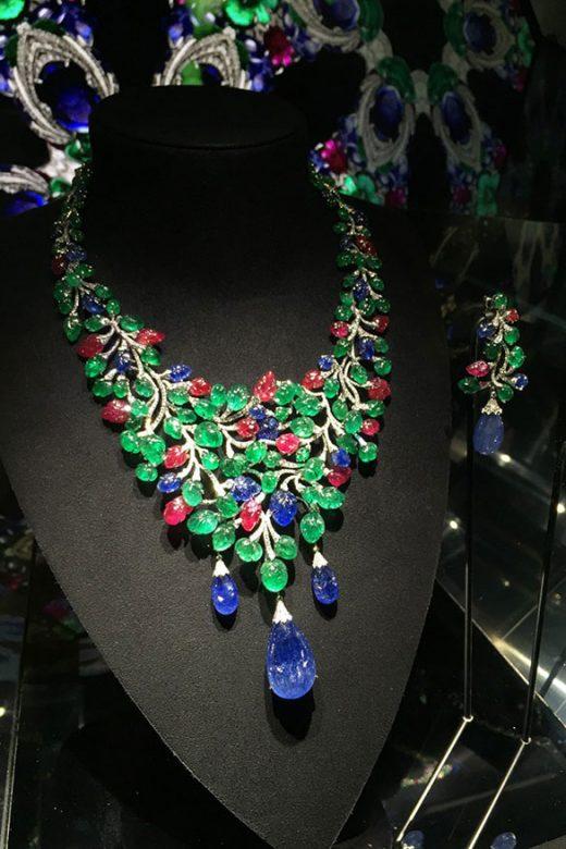 Cartier Magicien系列高级珠宝Sharavati项链
