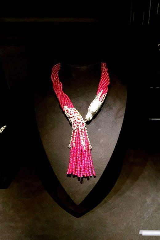 Cartier Magicien系列高级珠宝系列红宝石项链